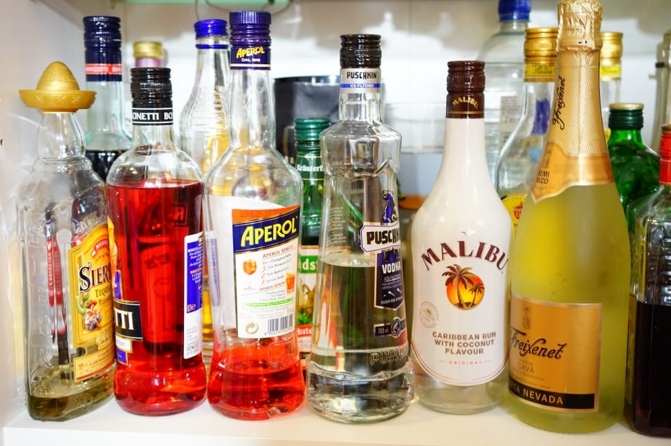 spirits-beverages-alcohol-bottles-wallpaper-preview.jpg