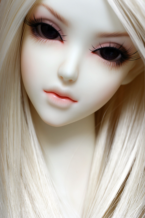 porcelain_doll